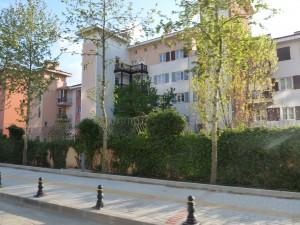 Résidence fermée à  Göktürk inspirée de l'architecture de Port-Grimaud en France (E.A)
