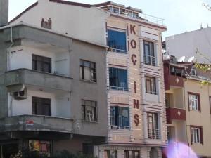 Les nouvelles constructions contrastent avec le bâti ancien